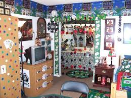 decked out dorm rooms crazy lights and themes hgtv