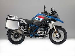 bmw mototcycle nearly 30 000 bmw motorcycles recalled for reflectors asphalt