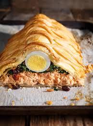 cuisiner le saumon saumon en croûte koulibiac ricardo