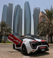 lykan hypersport interior the lykan hypersport is the new police car in abu dhabi and it isn
