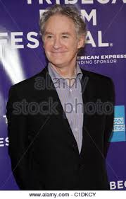 film queen to play kevin kline 8th annual tribeca film festival premiere of queen to