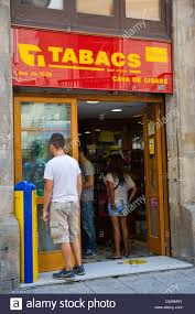 chambre d h e barcelone tobacco shop photos tobacco shop images alamy