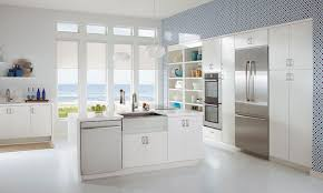 glass kitchen cabinets lowes at lowe s