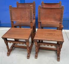 sedie rovere quattro sedie rustiche 800 neogotiche in rovere e cuoio su il