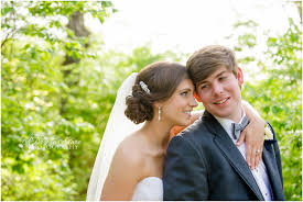 wedding photographers kansas city classic kansas city wedding photography hallbrook