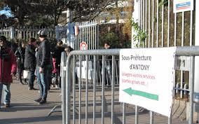 prefecture des yvelines bureau des etrangers antony ferme nanterre trinque le parisien
