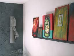 display art displaying art when wall space is scarce
