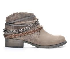 womens boots in size 11 wide s boots