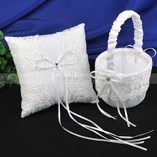 corbeille mariage blanc satin dentelle oreiller de bague et corbeille de fleur de