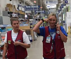 Petsmart Cashier Pay Haley And Kyla Lowe U0027s Office Photo Glassdoor