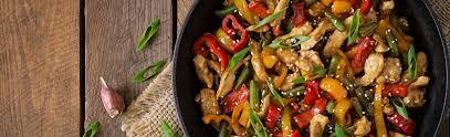 recette de cuisine au wok wok de poulet à l asiatique manger bouger