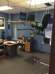 Office Desk Prank Irti Picture 4061 Tags Office Prank Rope Desk Suspended
