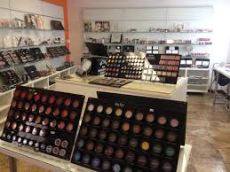makeup artist supply becoming a makeup artist makeup artist supplies stores