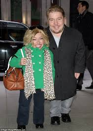 jennifer arnold on the little couples hair style the little couple s jennifer arnold bill klein bundle up in the