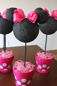 Minnie Mouse 2nd Birthday Party DIY Minnie Centerpieces