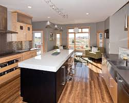 what color flooring looks with cabinets pin by l on kitchen kitchen cabinet colors kitchen