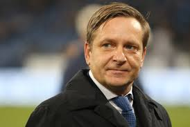 Martin Bader Hannover 96 Ex Schalke Manager Horst Heldt Löst Martin Bader Und