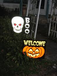 halloween signs for yard the halloween queen reflective light up halloween signs