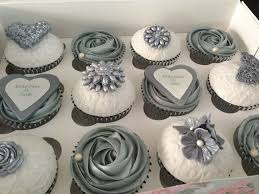 bridal cupcakes 25 best cupcakes ideas on bridal shower