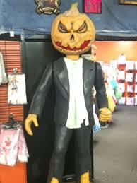 tempe spirit halloween store halloween outlet walk through the mouth of a giant pumpkin