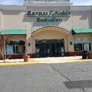 Barnes And Nobles Richmond Va Barnes U0026 Noble 34 Photos U0026 42 Reviews Bookstores 12193 Fair