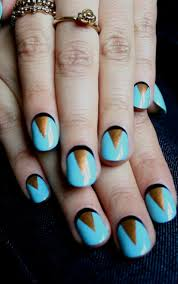 nail trend to try chevron nails pretty designs