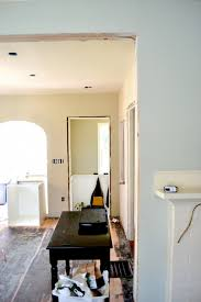 best color to paint a room with minimalist white theme color for