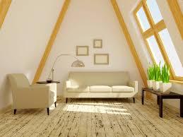Kleine Wohnzimmer Richtig Einrichten Schön Schräg 10 Tipps Wie Sie Räume Mit Dachschrägen Stilvoll