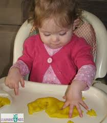 introducing play dough to babies toddlers learning 4