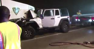 crashed jeep wrangler man injured after jeep crashes into street sweeper vehicle
