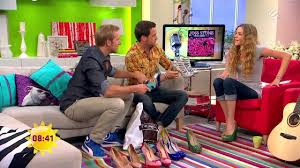 Interior Design Tv Shows by Joss Stone Barefoot In Tv Show Youtube