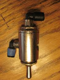 Any One Using A Manual Switch Valve For Their Air Ride Harley