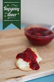 baked brie with cranberry chutney for thanksgiving