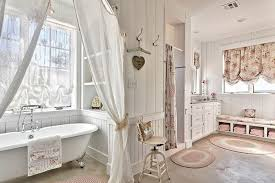 Shabby Chic Balloon Curtains by Amazing Shabby Chic Bathroom With Clawfoot Tub And Sheer Curtains