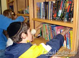 chabad books building libraries 63 books at a time crownheights info chabad