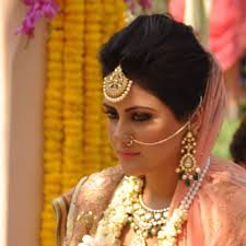 indian bridal hairstyle 6 trendy hairstyles for your wedding fabgala blog