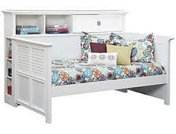 Daybed With Bookcase Kids U0027 U0026 Teens U0027 Daybeds Art Van Furniture