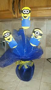 minions centerpieces best 25 minion centerpieces ideas on minion party