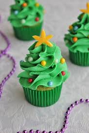 Tree Decorations For Cakes Best 25 Christmas Cupcakes Ideas On Pinterest Christmas