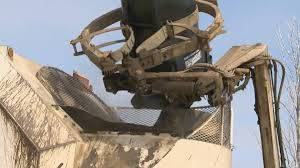 garbage collection kitchener saskatoon city council votes to develop user pay garbage