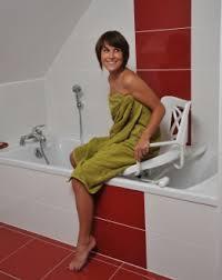 siege baignoire handicapé identites fauteuil de bain pivotant