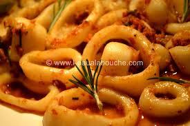 anneaux d encornet aux tomates séchées chorizo