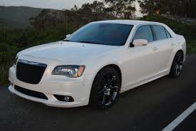 chrysler 300c 2013 review 2013 chrysler 300 srt8 car reviews and news at carreview com