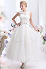 fashion with fitness tips for choosing beach wedding dress at