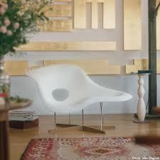 chaise eames vitra la chaise eames chaise longue vitra ambientedirect com
