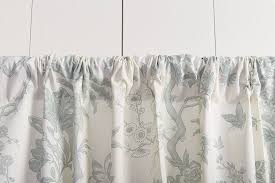How To Install Shower Curtain What U0027s The Best Way To Hang Your Drapery How To Decorate