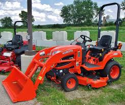 28 kubota kubota r30 and ssv mb tractor and equipment
