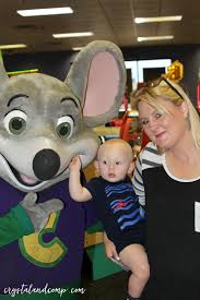 chuck e cheese halloween costume great things happened in 1977 crystalandcomp com