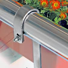balkon blumenkasten mit halterung blumenkasten halterung für rundes geländer 2er set biber