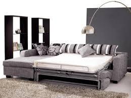 lit transformé en canapé un canapé lit dans mon salon